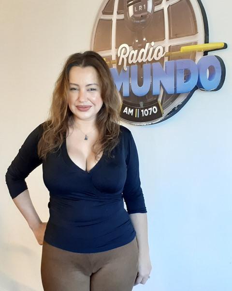 atriz_Cris_Lopes_Radio_El_Mundo_Buenos_Aires_entrevista_convidada_especial_estreia_filme_Represalia_Argentina_Festival_de_Cine_Inusual