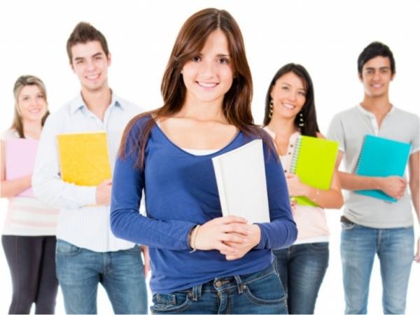 m_escola-tecnica-de-divinopolis-prepara-jovem-aprendiz-para-o-mercado-de-trabalho_20102016105100