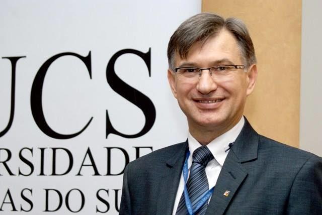 Reitor da UCS, professor Antonio Kuiava
