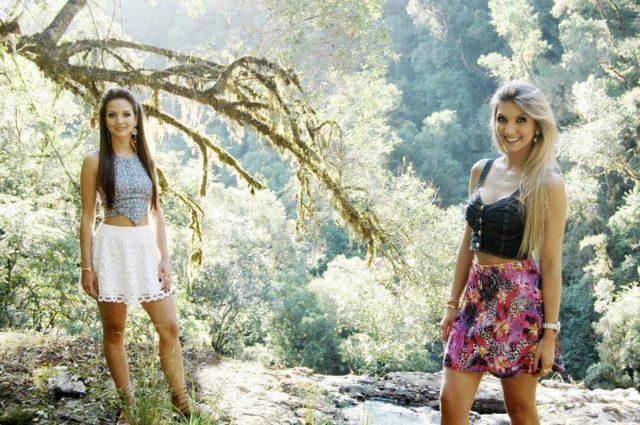Um reencontro com essas duas querida amigas, irmãs de uma beleza rara. Da esquerda para a direita, Lyndy Debastiani e kate Debastiani. O Cenário dispensa qualquer reparo e a felicidade por tido a oportunidade de fotografá-las não tem preço.