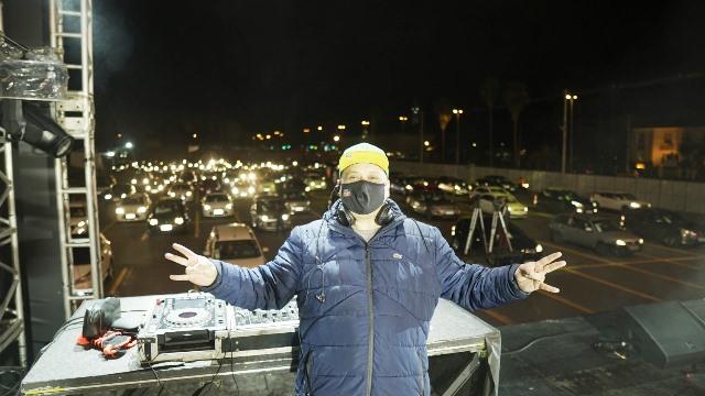 DJ Cabecao POA Drive in Show (Crédito Alefer Dias)